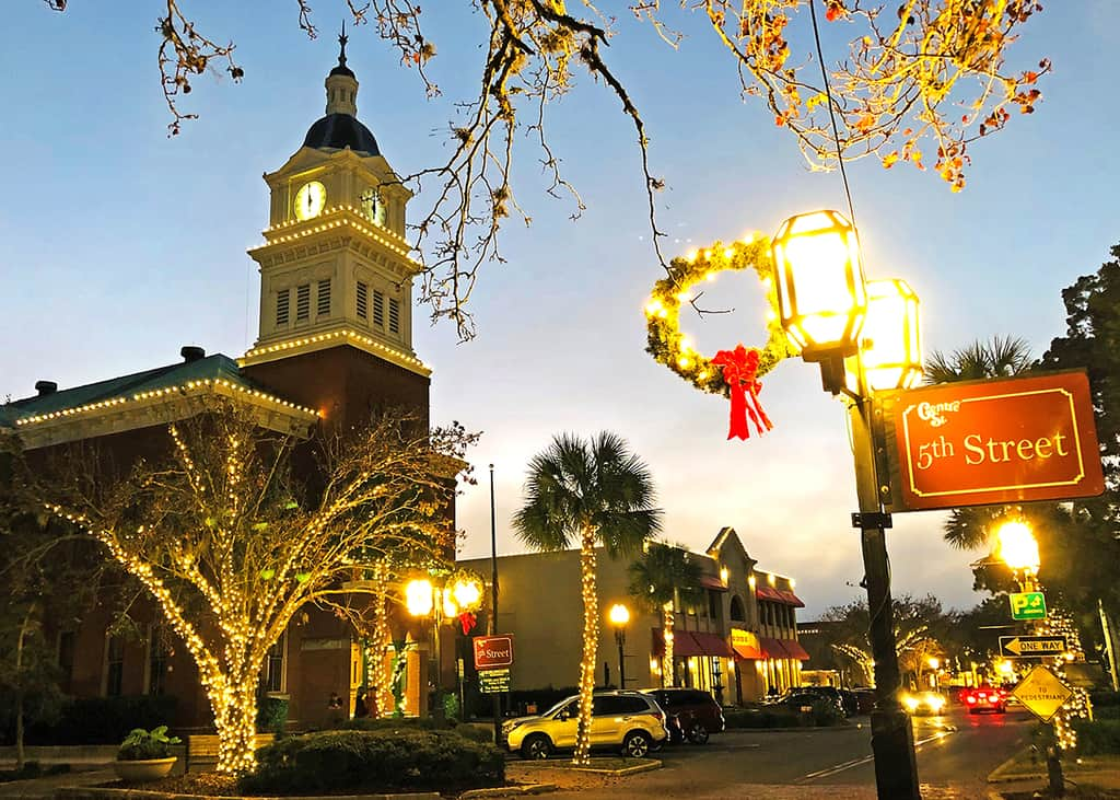 Fernandina Beach downtown Christmas lights Centre Street